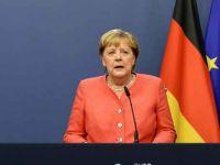 Merkel ve 11 ilin Belediye Başkanı daha sıkı önlemler konusunda uzlaştı