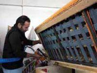 Tamir için bırakılan koltuktan 10 bin TL'lik altın çıktı