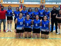 Hakkari Mehmet Akif Ersoy MTAL Kadın Voleybol takımı 3-0 yenildi