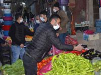 Hakkari'de yasak öncesi alışveriş yoğunluğu