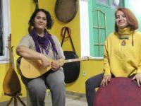 Salgına karşı 'Askıda Şarkı' kampanyası
