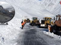 Hakkari-Şırnak yolu çığ, Çukurca yolu ise heyelan nedeniyle kapalı