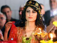 Kamışlı'da geleneksel Kürt kıyafetleri sergilendi