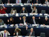 AP'den Türkiye için 'referandum' kararı
