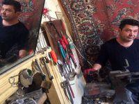 60 yıllık kerpiç evde teknolojiye karşı direniyor