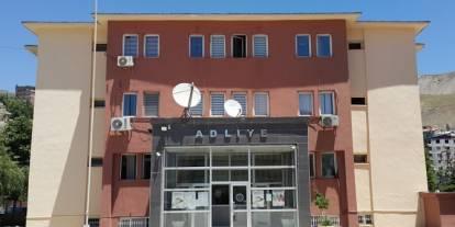 Hakkari ve 2 ilde FETÖ operasyonu: 8'i muvazzaf 10 astsubay gözaltına alındı