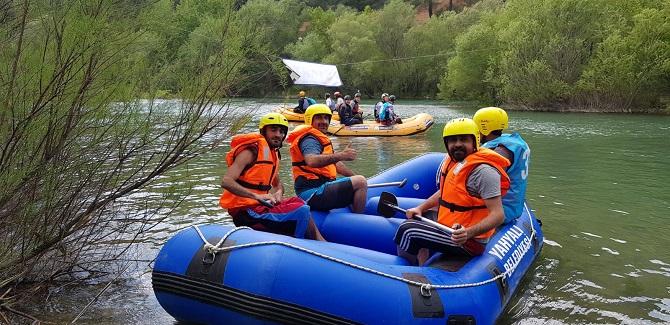rafting-(1).jpg