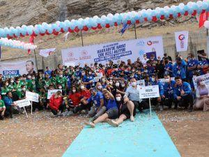 Hakkari'de düzenlenen Türkiye Rafting Şampiyonasında dereceye girenler ödüllendirildi