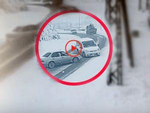 Hakkari'de Sürücünün dikkati faciayı önledi