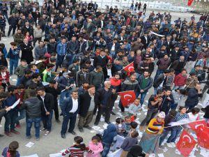 CHP Hakkari'de HAYIR mitingi düzenledi