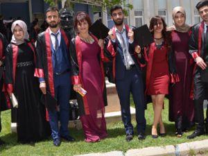 Hakkari Üniversitesi 6'ncı mezunlarını verdi