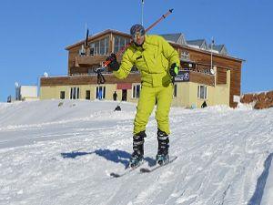 Hakkâri'de kayak sezonu açıldı